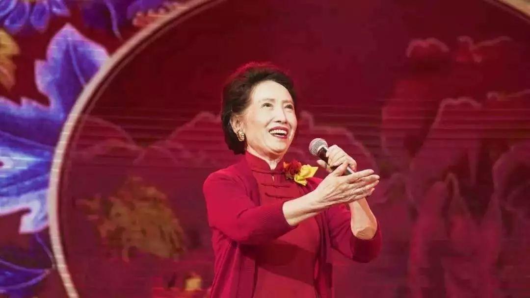 最出名的歌_王菲黎明张东健张柏芝 电影中最动情的拥抱瞬间