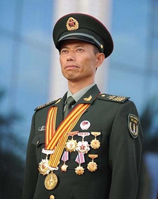 什么样的军人可以终身穿军装?在我军军中这三种人享有殊荣
