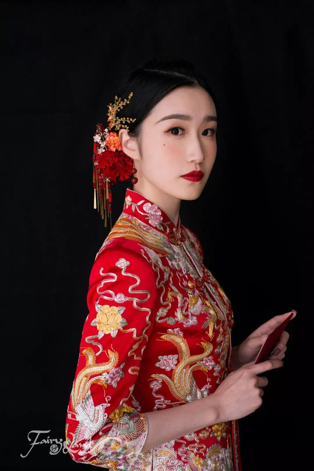 中式嫁衣造型