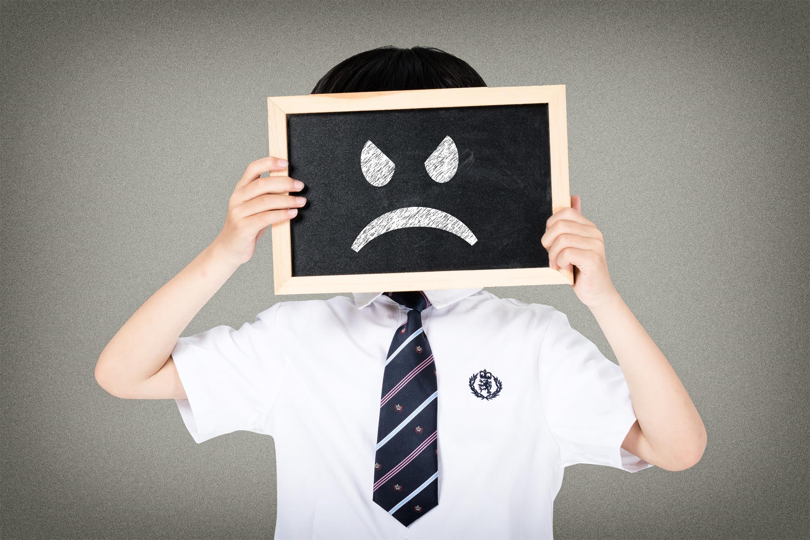 孩子脾气大 易暴躁 家长学会认知情绪最重要
