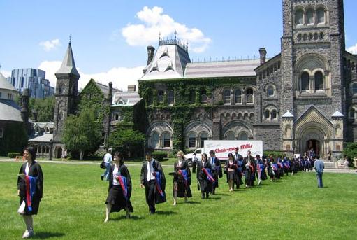 语言不过关、高考成绩不理想?迈开加拿大留学第一步,你可以选择这条路!