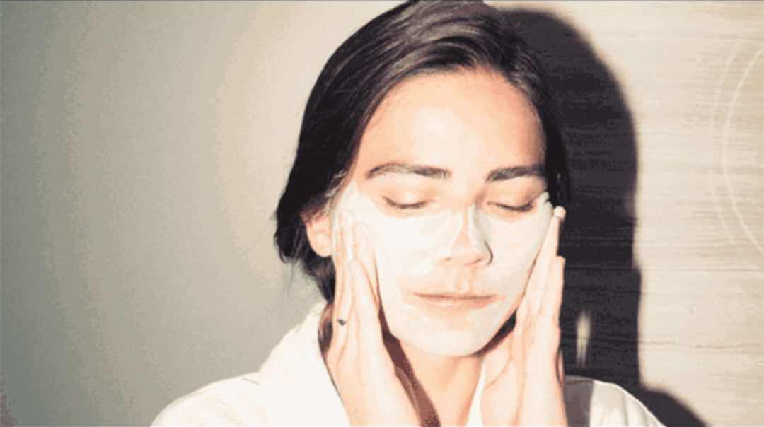 这样的洗脸方式,会让脸越来越老,现在改正还来得及