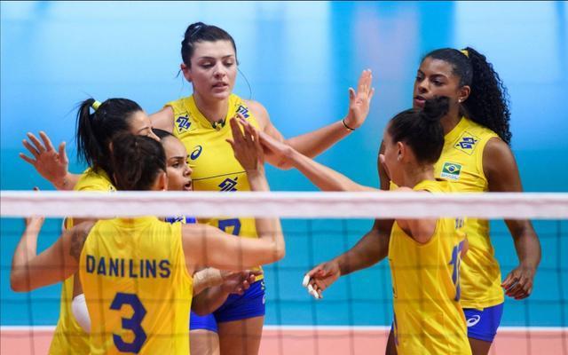 巴西女排又有三人集体退役!为了在联赛赚钱,她们都不愿进国家队