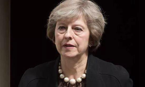 英国首相为华为开绿灯_英国政府