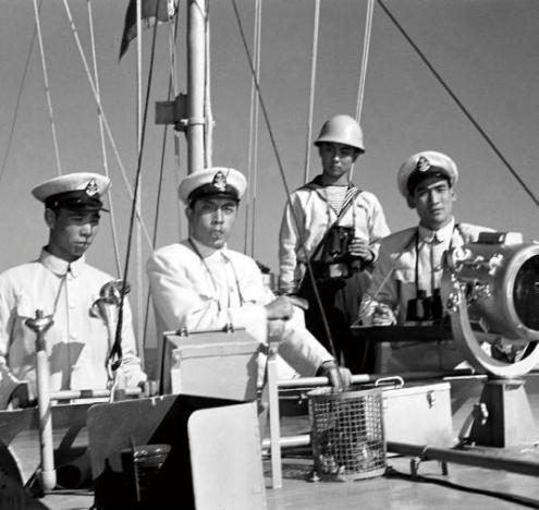 建国70年银幕上的人民海军经典形象