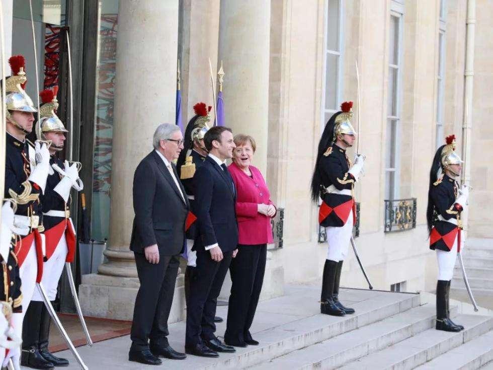 """""""默克尔应担任欧洲最高职务"""",不是默克尔不想干,真有职位吗?"""
