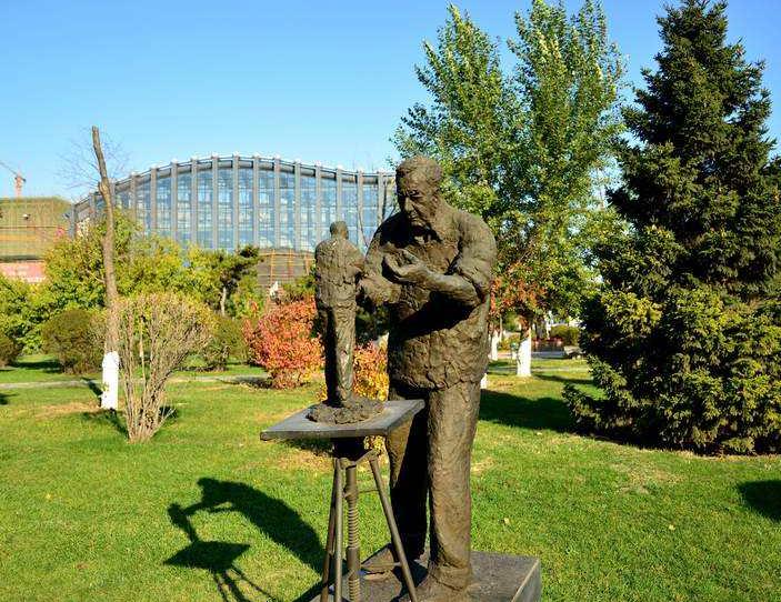 校园雕塑的价值体现在哪里有意义吗? 行业新闻 丰雄广告第2张