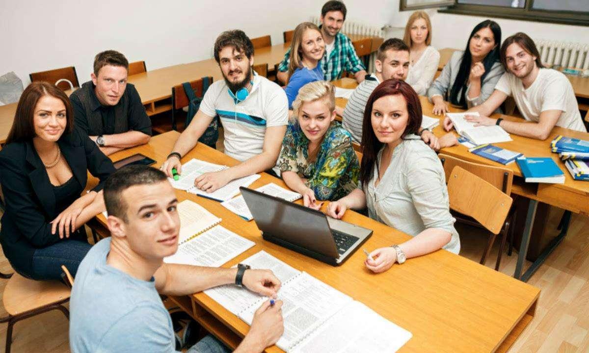 蜜桔求职(MijuOffer):留学生海归就业找工作在留学前就要做好准备