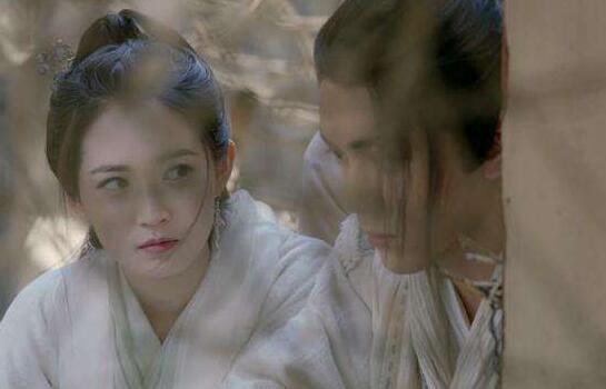 既得不到名分,父亲还被杀害,赵敏怀着怎样的心情跟张无忌归隐的