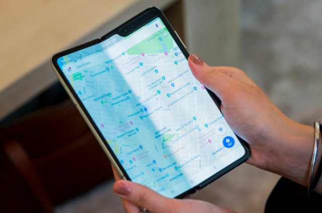 三星官宣Galaxy Fold收受接收,折叠屏手机遇到了考验