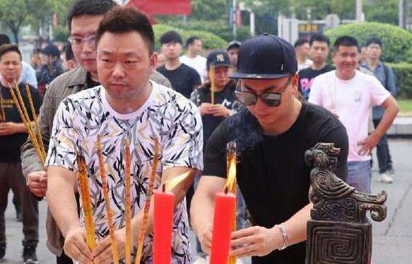 """张丹峰新片角色被替,或面临赔偿,工作室却仍为毕滢""""正名""""?"""