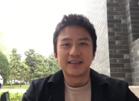 邓超录视频回忆跑男 暖心鼓励新成员