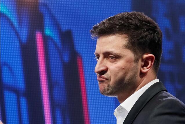 泽连斯基指责乌中选会耍手段:想让我当跛脚总统