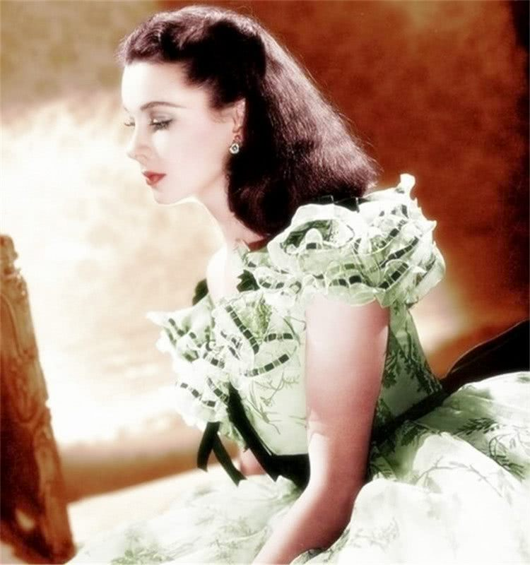<b>上世纪好莱坞女星:真实容貌如何?第一位简直惊艳了时光</b>
