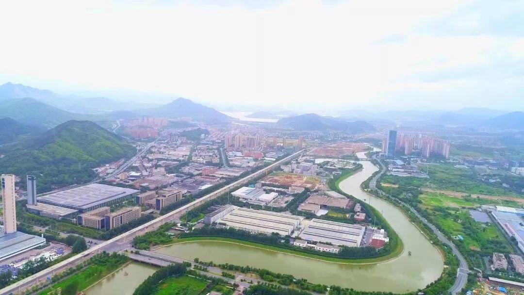 """""""数字经济""""领跑!青山湖科技城迸发新活力"""