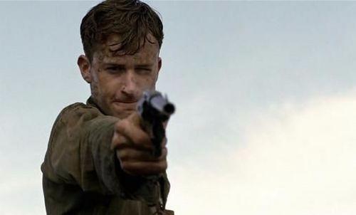 左轮手枪不用担心卡壳和哑弹