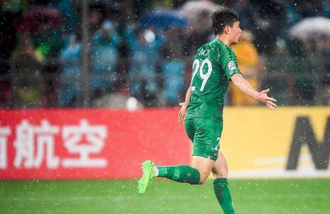 这位国安阵中的P图高手,曾先后挤掉两位U23主力国脚