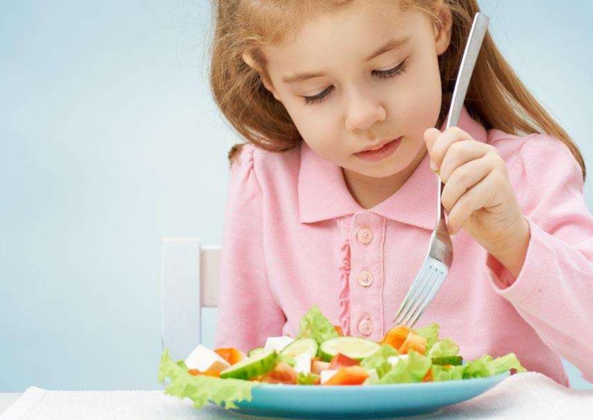 经常给孩子吃这种零食,不仅增进食欲,保护视力,还促进大脑发育