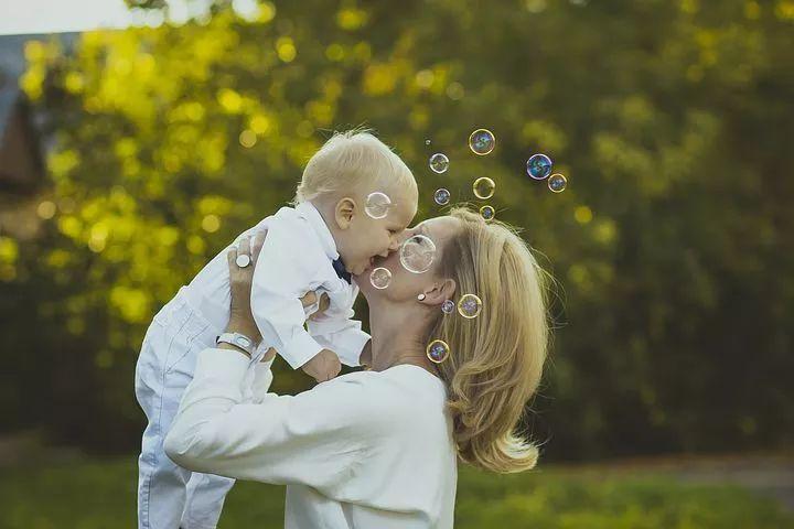 母乳喂养如此艰难为何还要坚持?这7大优势是最好的答案!