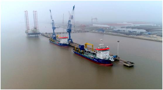 """上海造""""最聪明""""疏浚船交付,未来将服务""""一带一路""""国家港口建设"""
