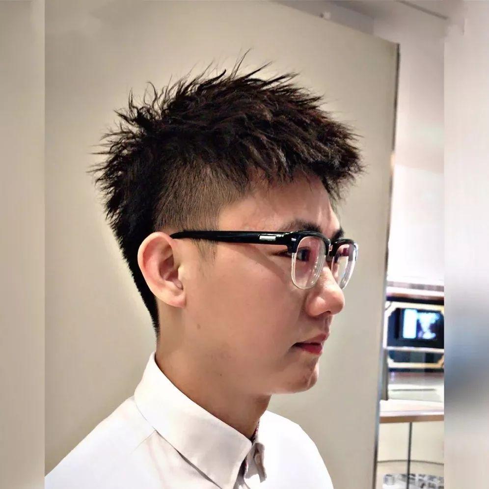 今日推荐10款男生短发型,让你帅得惊艳!