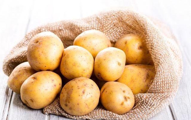 发芽的土豆还能吃吗?医生详细解说,爱吃土豆的您不妨来了解