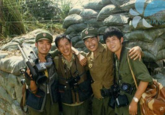<b>战地记者用生命拍下的中越战争珍贵彩照!有些照片那时不敢发布!</b>