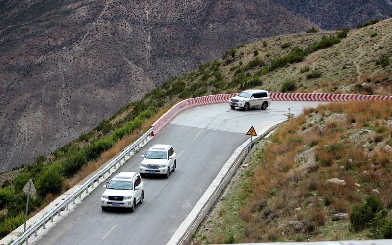 川藏线公路最美的几段,千万别错过了