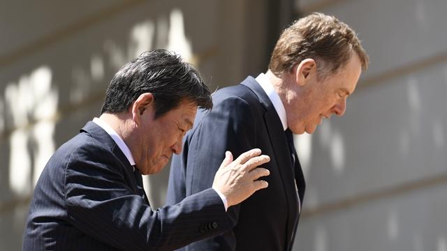特朗普放話5月訪日要簽日美貿易協定,日本還能上演拖字訣嗎?_談判