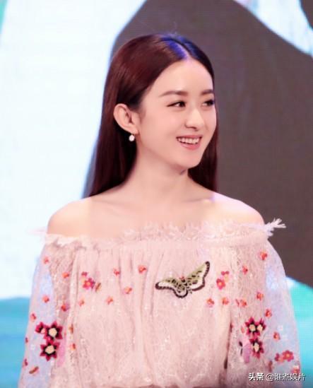 <b>赵丽颖产后强势回归,参演《中餐厅》海报曝光?网友却担心她情商</b>
