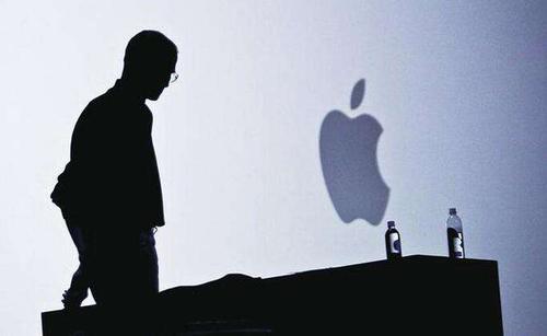 刘兴亮 | 苹果放慢脚步,是老了还是变了?