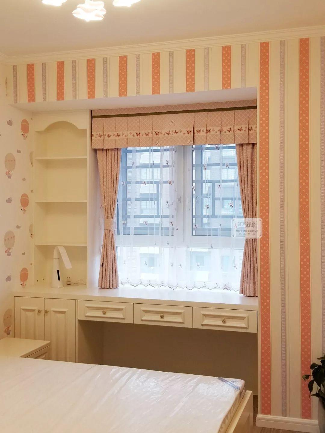 飘窗窗帘靠墙还是靠窗 窗帘盒要不要 利弊全在这里啦
