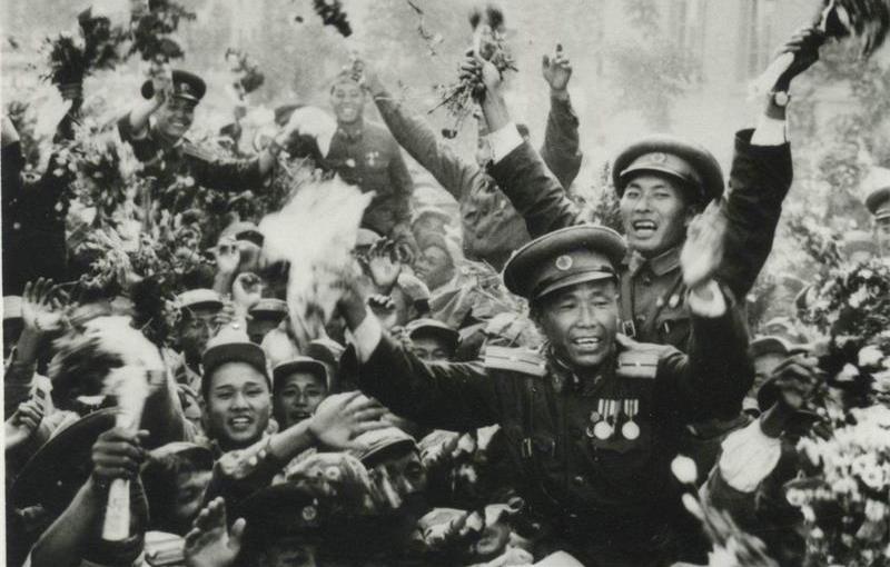 抗美援朝期间,美军只愿当中国俘虏,宁死不去朝鲜战俘营,原因令人哭笑不得