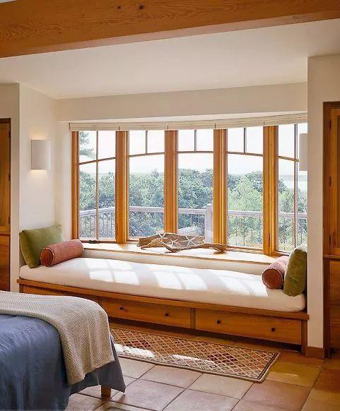 裝修百科 | 臥室做成飄窗好,還是做落地窗好?