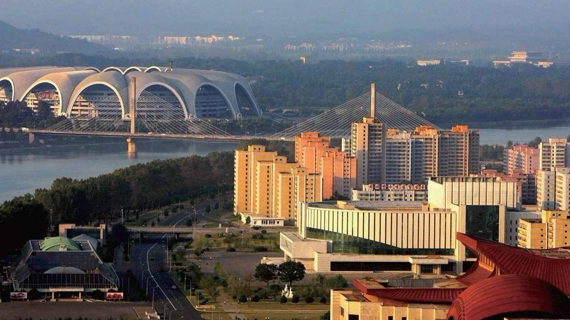 看朝鲜普通居民家,免费的房子居住环境如何?驴友:福利真好
