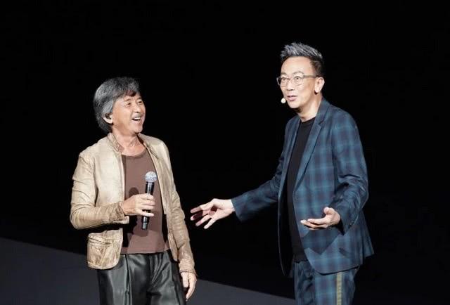71岁的林子祥开个唱,妻子叶倩文坐阵支持,连郭晶晶也来了