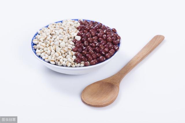 <b>本想用红豆薏米祛湿气,为何反倒伤了脾?太多人错了,必须提醒你</b>