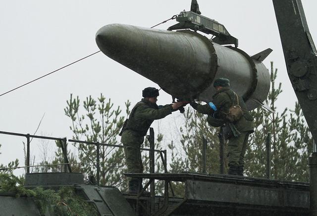 又一场全面战争即将打响,俄最新导弹抵达前线!
