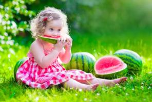 小孩发烧能吃水果_1岁以内宝宝,不是什么水果都能吃,尤其是这两种水果,有害无 ...