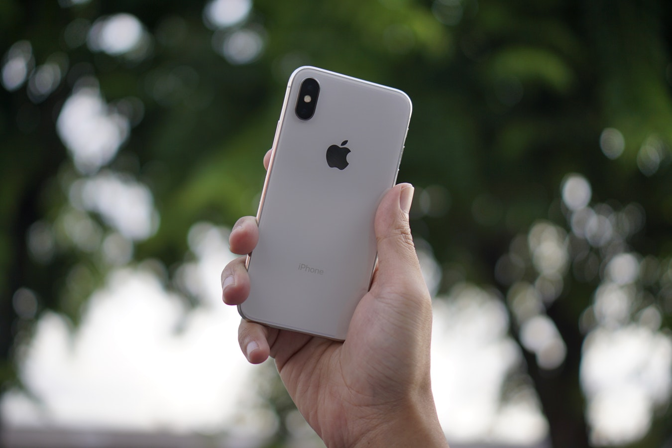 消费者权益组织称苹果夸大 iPhone 续航时间,苹果回应与测试方法有关