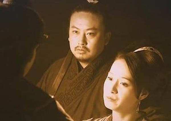 明教教主阳顶天死后,为何选择谢逊,而不是更出色的杨逍?