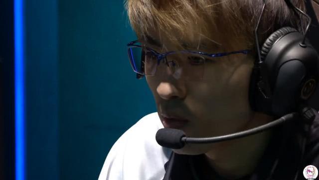 MSI入围赛日本队中单终于不玩炸弹人了!