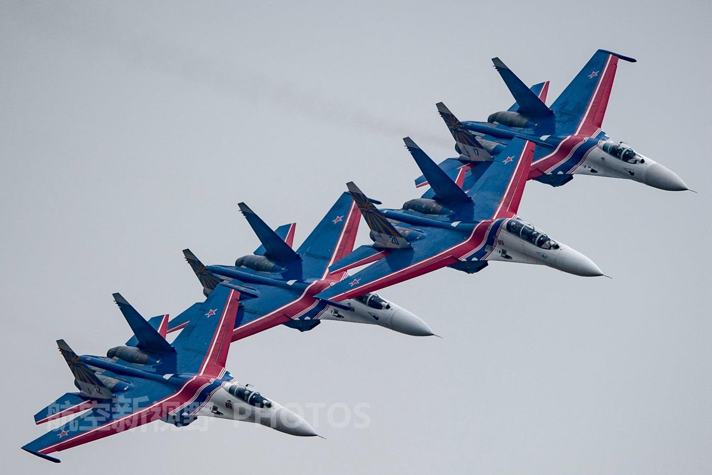 中国空军07飞行标志图片_俄罗斯空军仪仗队装备苏-27战机 多次来中国表演 让人敬佩的勇士 ...