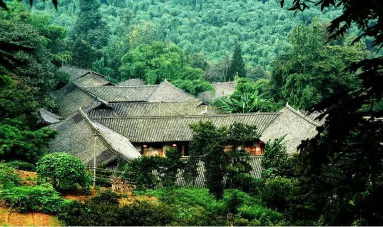 四川省文化旅游特色小镇邛崃市平乐镇