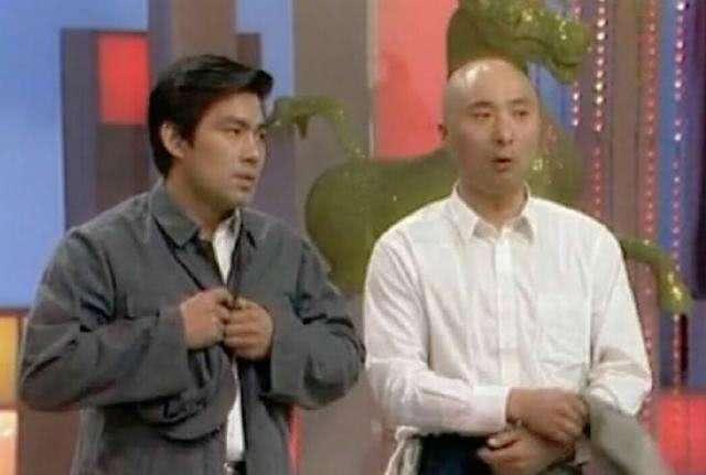 65岁老艺术家朱时茂被媒体爆料,与美女举止亲昵,人设崩塌?