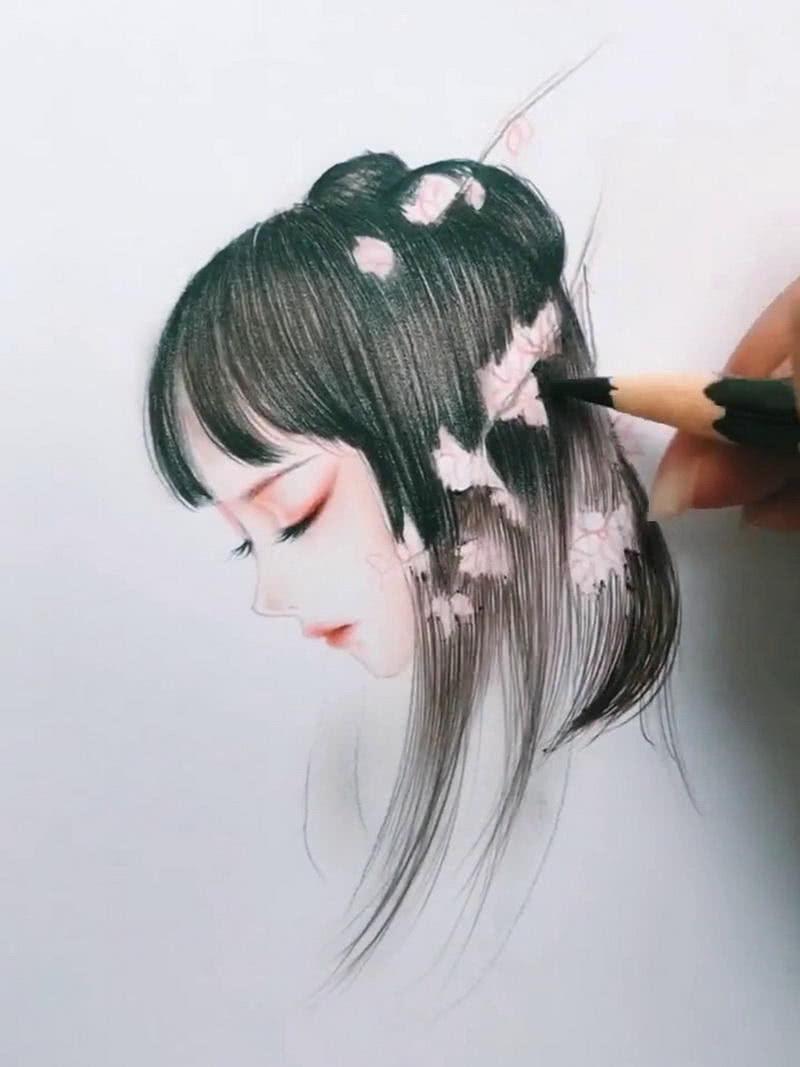 美术生手绘古风美人,画上海棠花后,网友 天上掉下个林妹妹