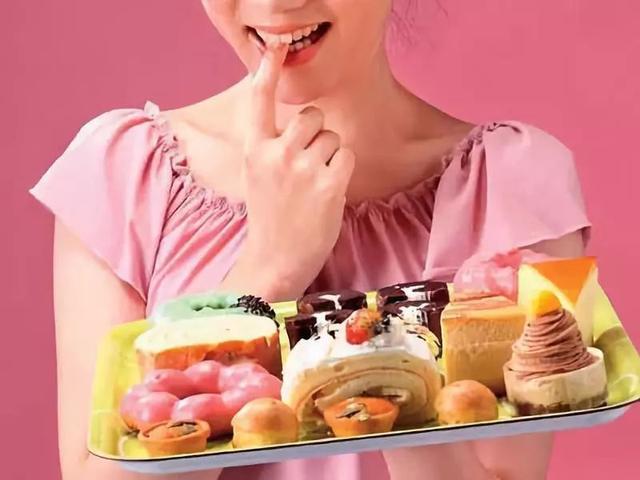 孕晚期为啥要少吃甜食?关乎宝宝的成长发育,孕妈要重视