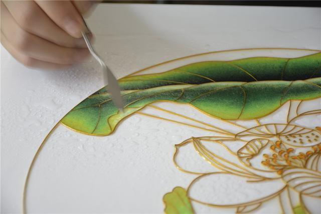 景泰蓝掐丝画的制作流程