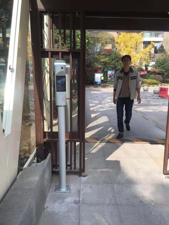 枣庄高考房火爆,3D实名制闸机是否合适安装在社区场合?