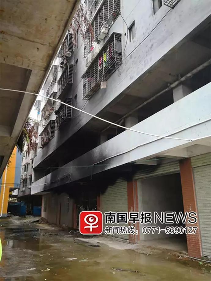 桂林致5死火灾:29名学生租住校园隔壁,学校是否知情待查